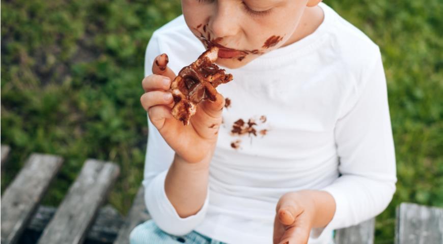 Вечная проблема - пятна от шоколада
