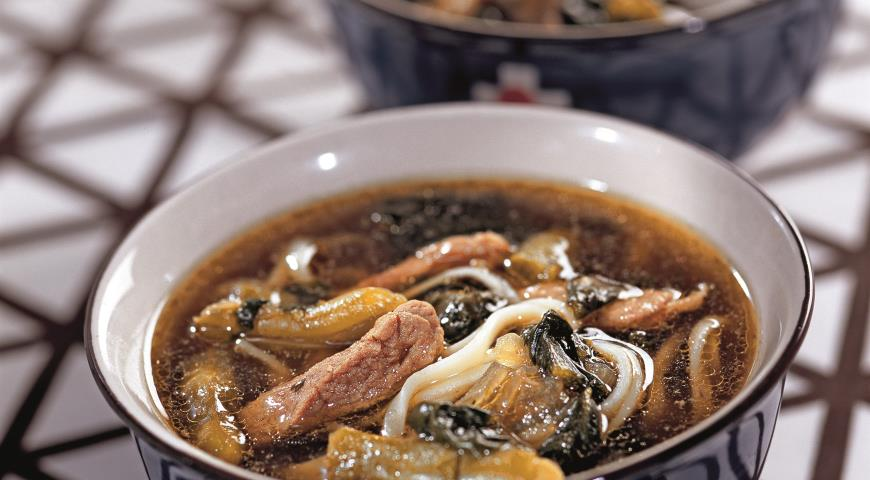 Рецепт Суп из свинины с яичной лапшой