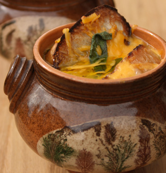 Рецепт Английский луковый суп