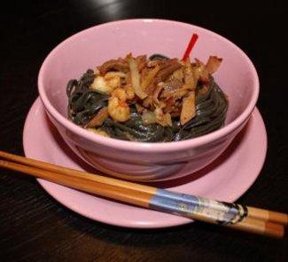 Рецепт Лапша с языком и креветками в соусе Терияки