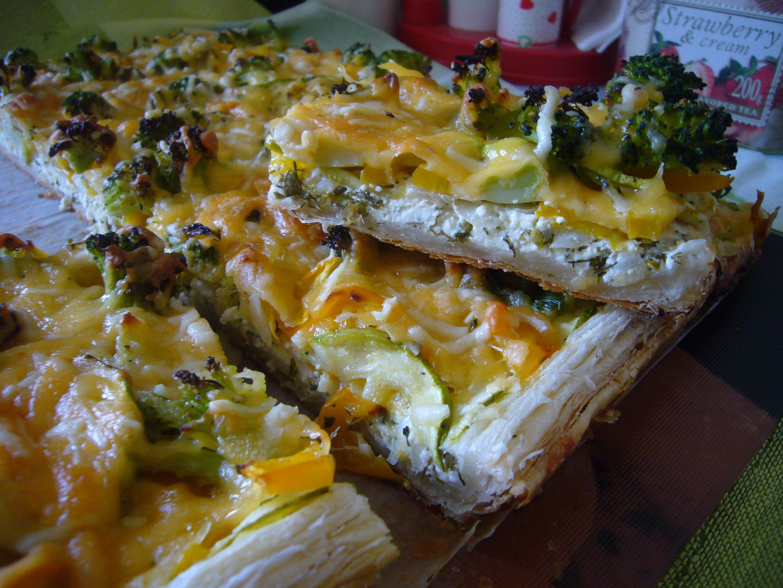 Рецепт Овощной пирог с начинкой из трёх сыров