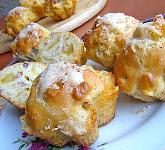 Рецепт Пряные маффины с сыром и ветчиной