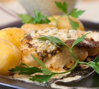 Рецепт Треска в горчичной корочке с горчично-сливочным соусом