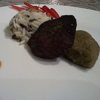 Рецепт Телятина с пюре из маша и тыквенно-соевым соусом