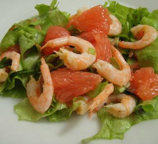 Рецепт Салат из грейпфрута с креветками