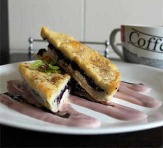 Рецепт Французский тост с черникой и творожным сыром