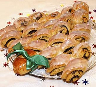 Рецепт Карамельные маковые булочки елочка