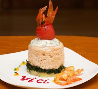 Рецепт Сливочное суфле из креветок и филе семги с жареным сыром камамбер
