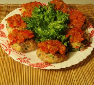 Рецепт Котлетки из крабового мяса со жгучим соусом Сальса