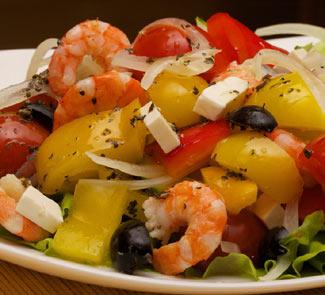 Рецепт Салат по мотивам Греческого с креветками