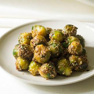 Рецепт Брюссельская капуста с кунжутом и соевым соусом