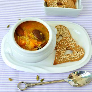 Рецепт Тыквенный суп с желтой чечевицей и конскими бобами