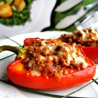 Рецепт Сочный болгарский перец с мясом, кускусом и овощами