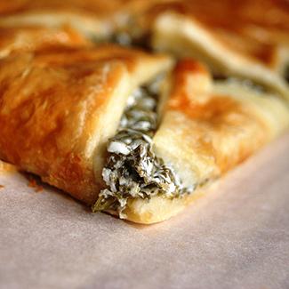 Рецепт Пирог с щавелем и козьим сыром
