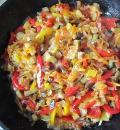 Картофельный рулет с овощами. Шаг 2