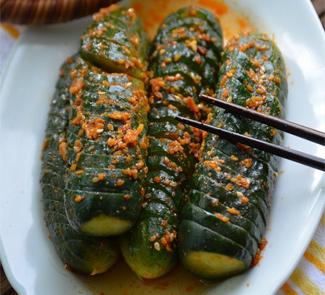 Рецепт Кисло-сладкие огурцы
