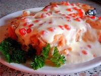Рецепт Лосось в сливочном соусе с красной икрой