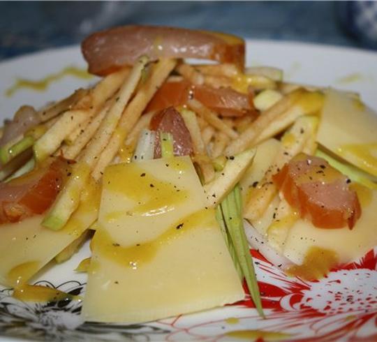 Рецепт Салат с сельдереем в горчично-медовой заправке