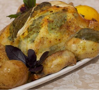 Рецепт Курица, фаршированная листьями шалфея и целым лимоном