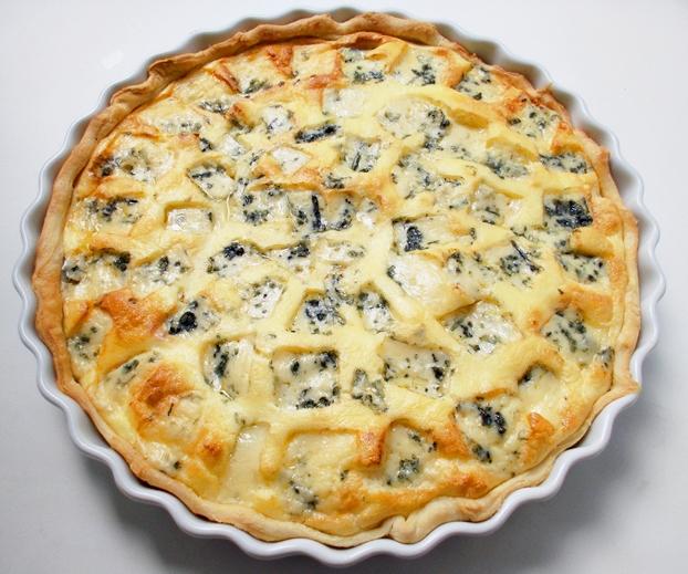 Рецепт Открытый пирог с грушами и сыром дор блю