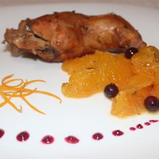 Рецепт Апельсиновый кролик с клюквенным соусом