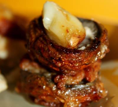 Рецепт Куриная грудка с шампиньонами в сметанном кляре.