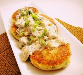 Рецепт Картофельные котлетки с соусом